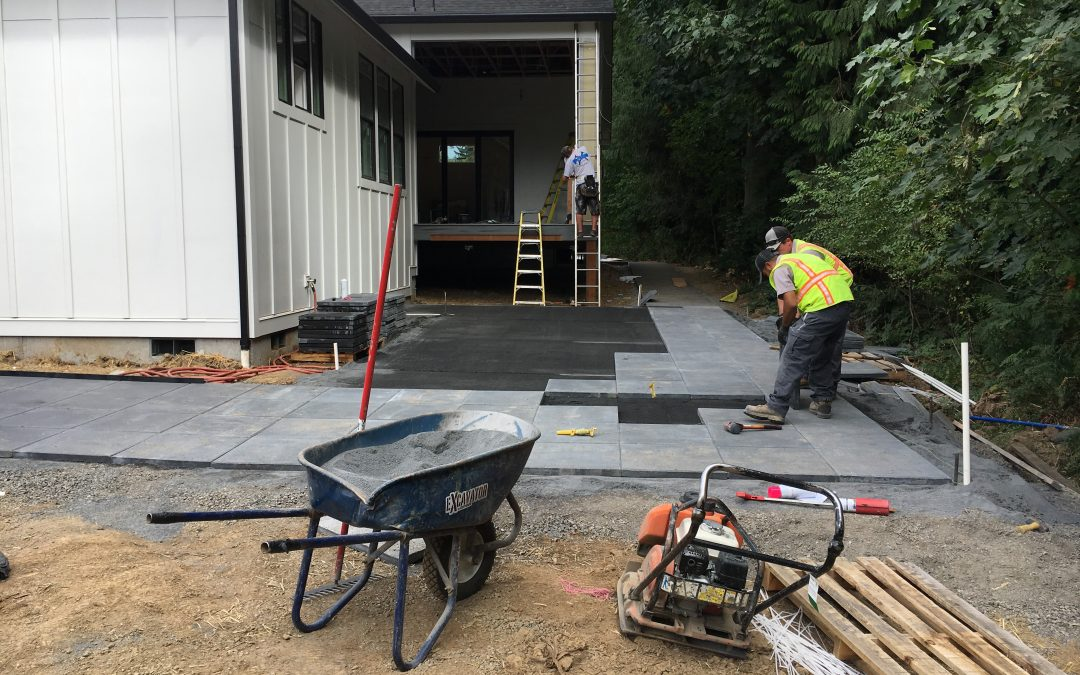 Gro Outdoor Living partners with Clark College on new construction training program